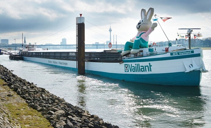 Exhibition ship MS Vaillant
